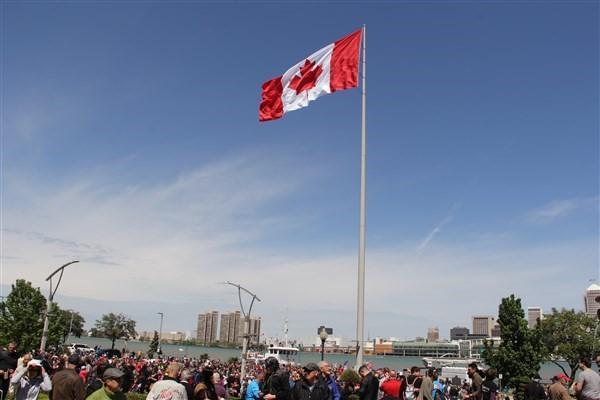 پزشکان کانادایی به افزایش دستمزدهایشان اعتراض کردند