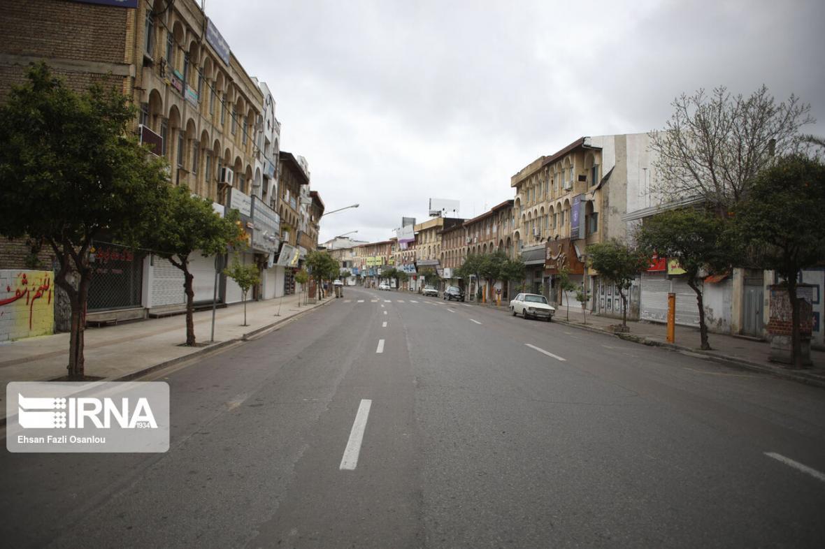 خبرنگاران تردد خودروهای درون شهری قزوین 30 درصد کاهش یافت