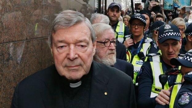 حکم حبس خزانه دار سابق پاپ نقض شد