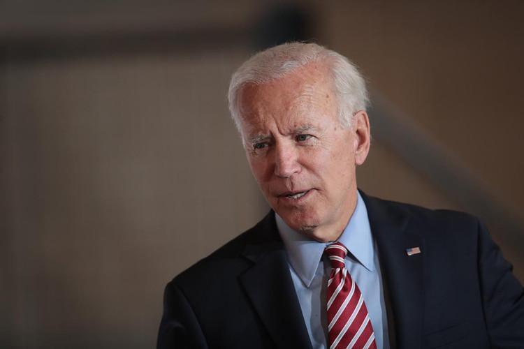 جو بایدن، آزار جنسی و دوراهی دمکرات ها
