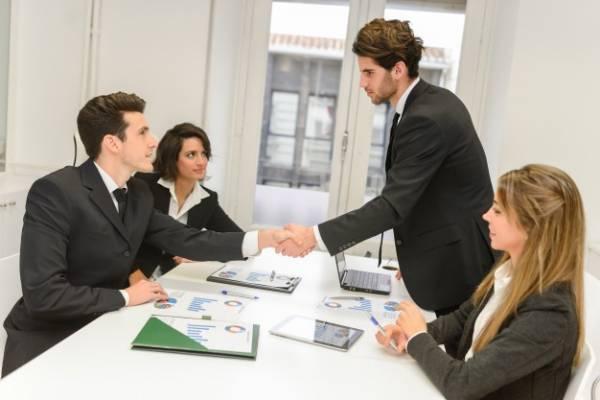 جلب اعتماد دیگران در کار و زندگی