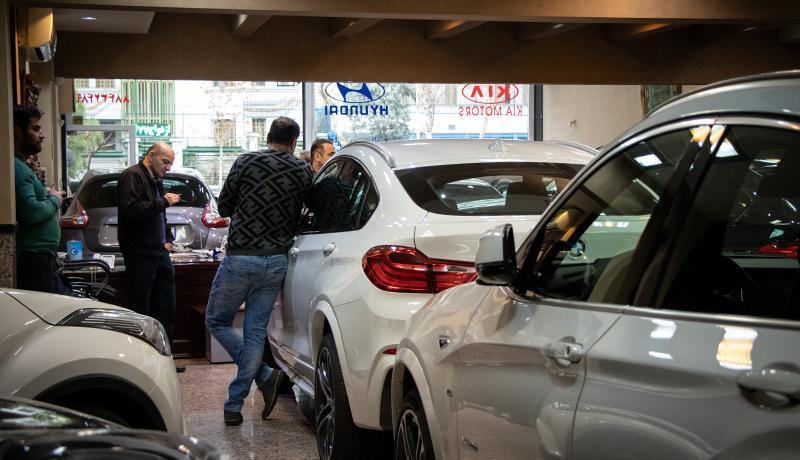 ریزش های میلیاردی در بازار خودروهای خارجی ادامه دارد