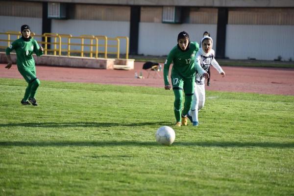 خبرنگاران شکست بانوان بم و پیروزی بانوان سیرجان در لیگ برتر فوتبال کشور