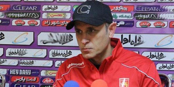 گل محمدی: بازی سختی مقابل آلومینیوم داریم، تبعات پنالتی اشتباه علیه ما 3 بازیکن مصدوم بود