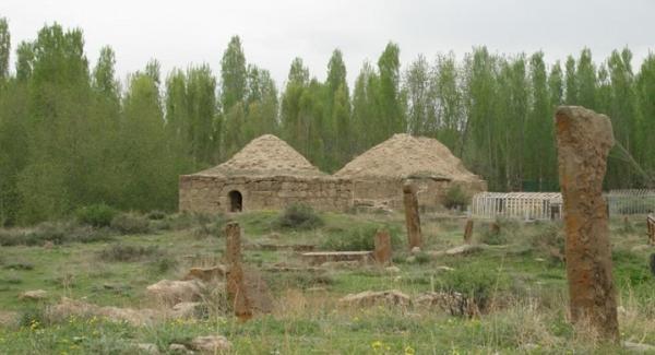 نگاهی به برج مقابر صفوی در روستای تمتمان ارومیه